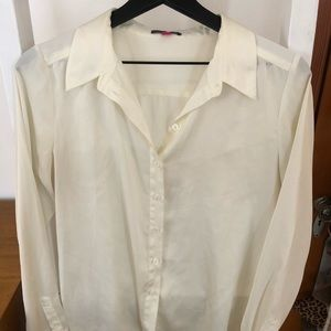Cream Colored Satin Vince Camuto Button Down Shirt